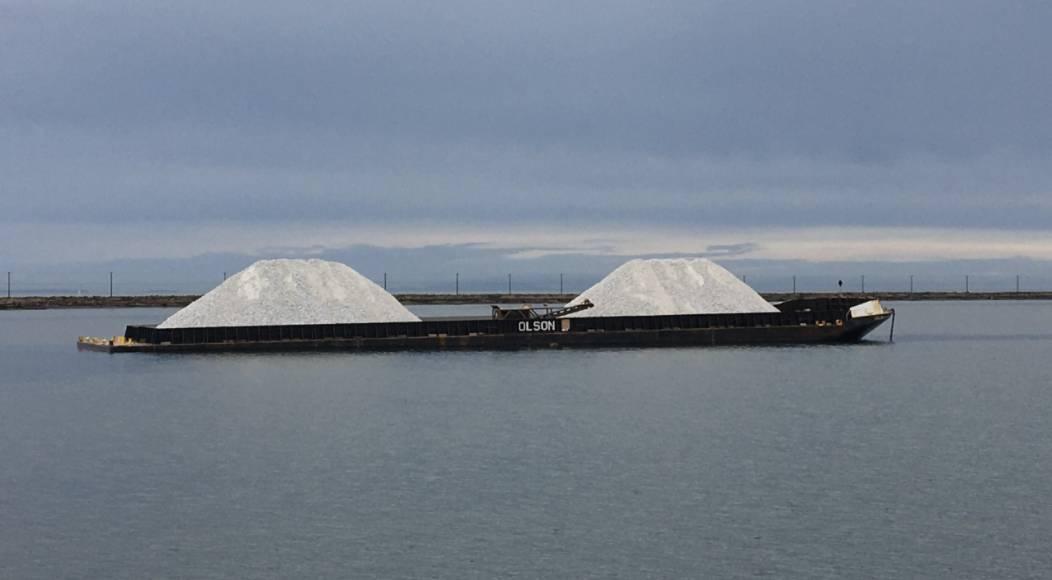 barge image